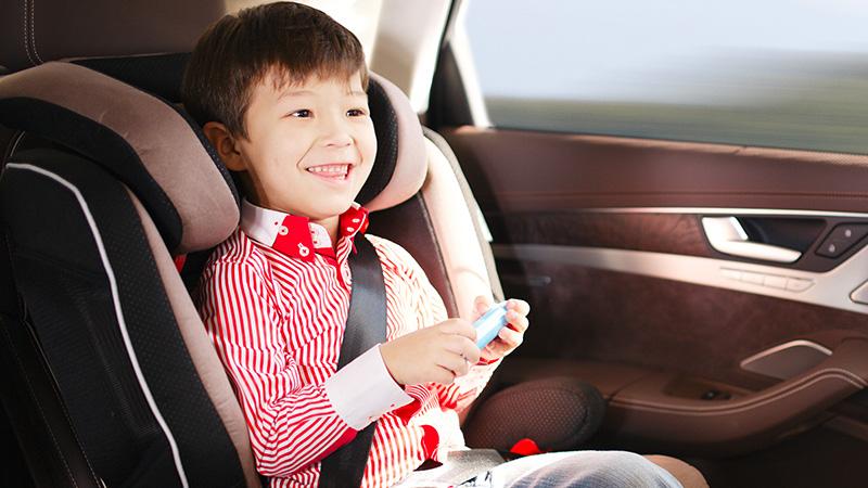 Estrechar lazos con tus hijos en los viajes en coche