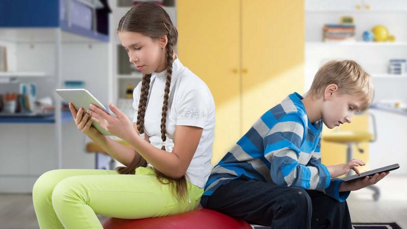 ¿Es tu hijo adicto a internet? Los síntomas