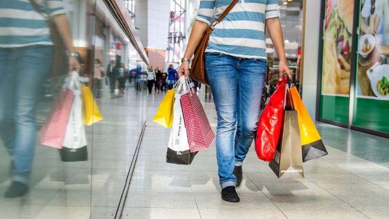 7 formas de frenar el gasto excesivo en el centro comercial