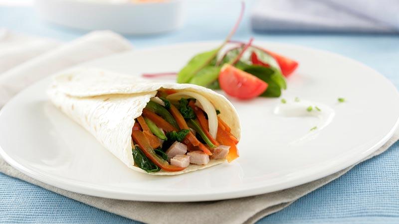 Tortitas mejicanas rellenas de verduras y magro