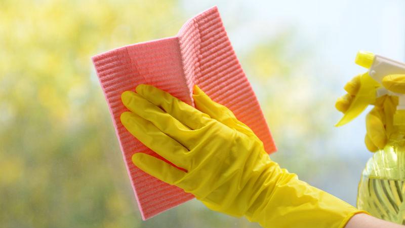 Trucos para limpiar ventanas y cristales