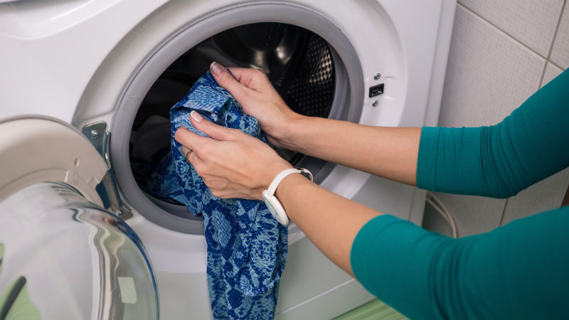 conseguir baratas varios tipos de marca famosa Trucos para arreglar ropa desteñida en la lavadora - Blog Flota