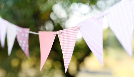 Banderines con papel de regalo
