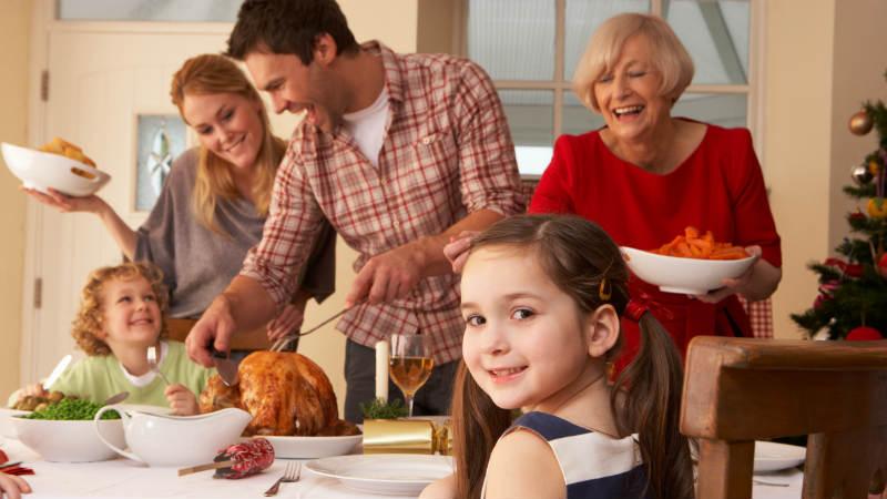 Diez consejos para organizar comidas familiares en Navidad