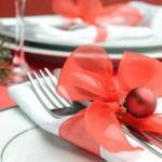 Red christmas table setting