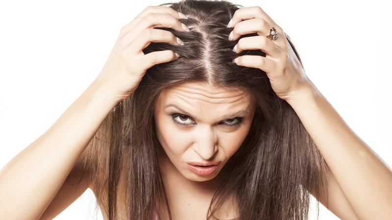Diez falsos mitos sobre la caída del pelo