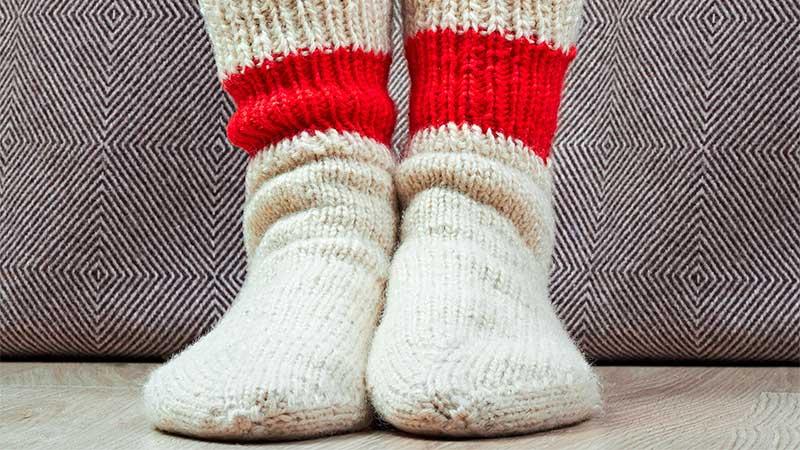 Cómo doblar calcetines para evitar que el elástico se deteriore