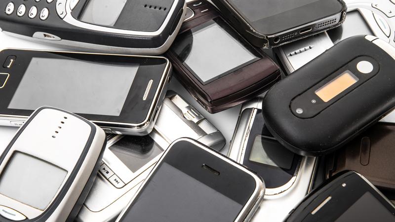 Cómo puedes aprovechar un viejo smartphone