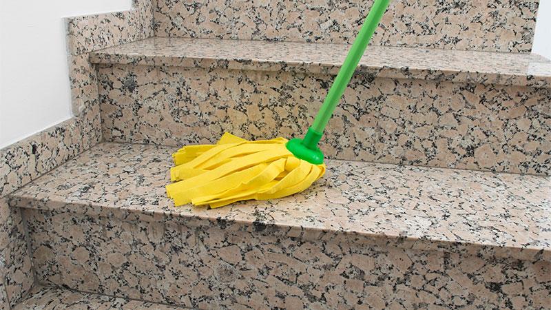 limpiar escaleras