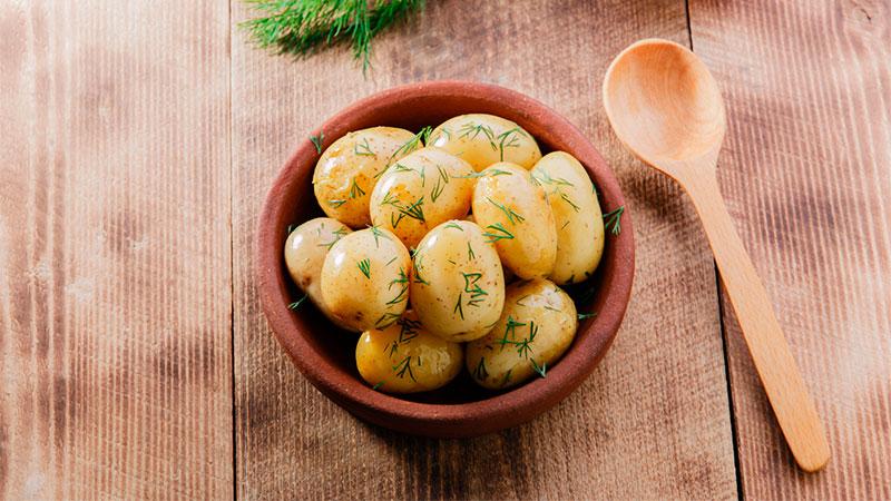 cuatro formas sencillas y r pidas de cocinar patatas flota On cocinar patatas