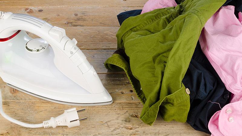 Eliminar las arrugas de la ropa sin plancha
