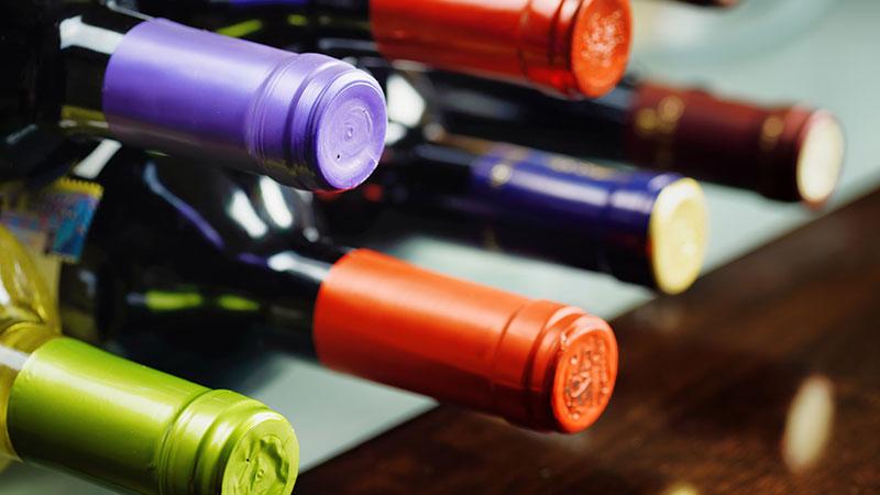 Truco: cómo abrir una botella de vino sin sacacorchos
