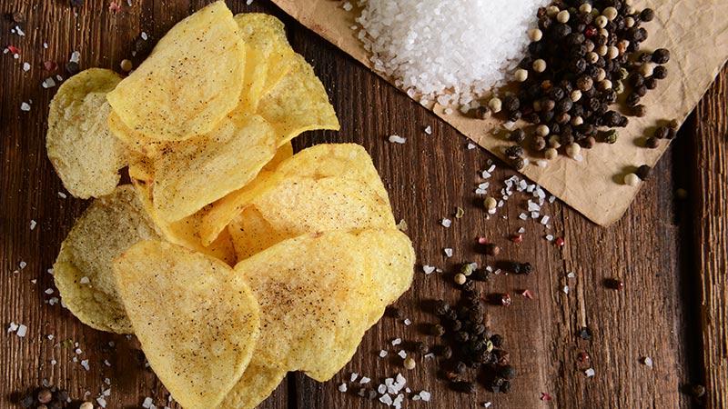 Cómo hacer patatas «chips» en casa