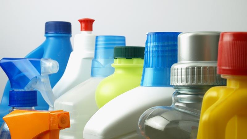 Guía rápida de productos de limpieza básicos