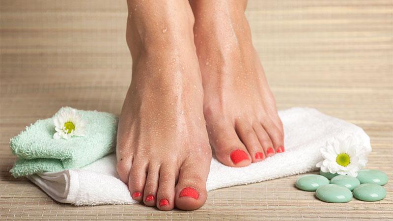 Cómo exfoliar tus pies en casa