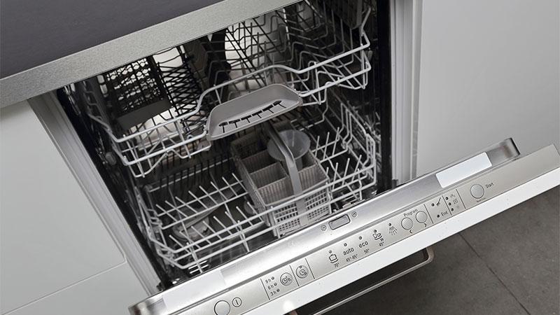 Cómo evitar el mal olor en el lavavajillas