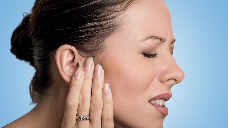 Consejos para evitar la otitis en verano