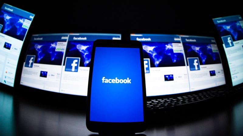 Cómo controlar lo que otros publican en tu perfil de Facebook