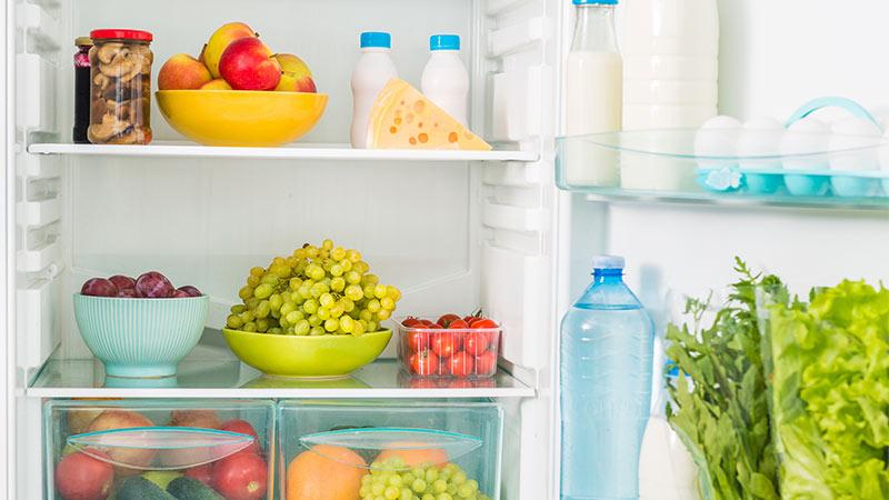 Cómo colocar los alimentos en el frigorífico para mantener su frescura