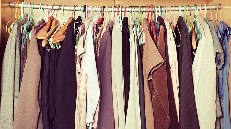 Seis pasos imprescindibles para hacer limpieza de armario