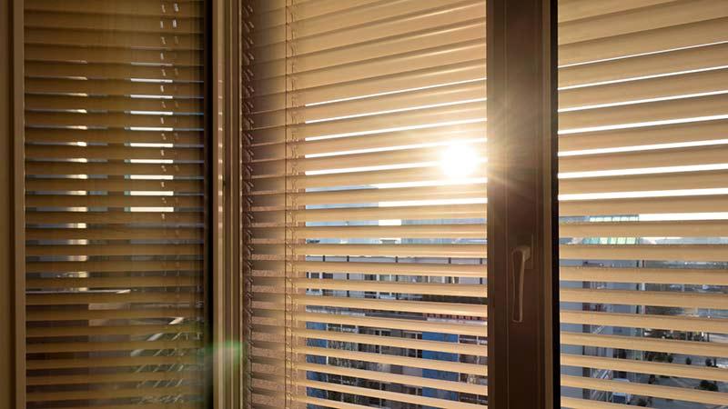 Consejos para ahorrar electricidad en verano en el hogar