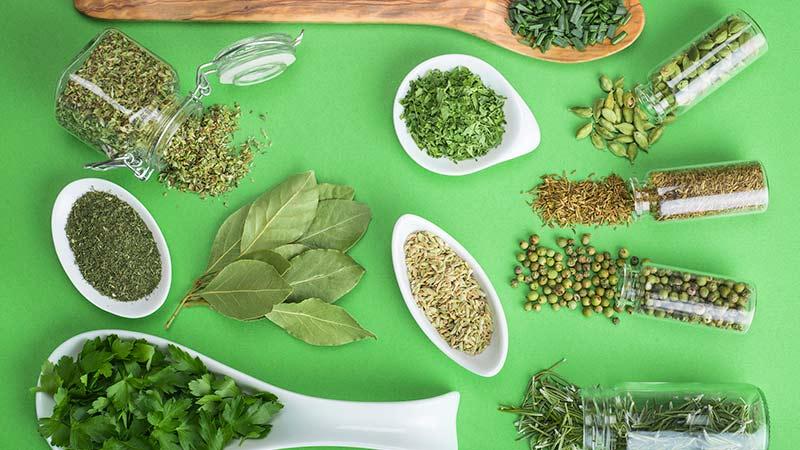10 hierbas para cocinar que deberías conocer