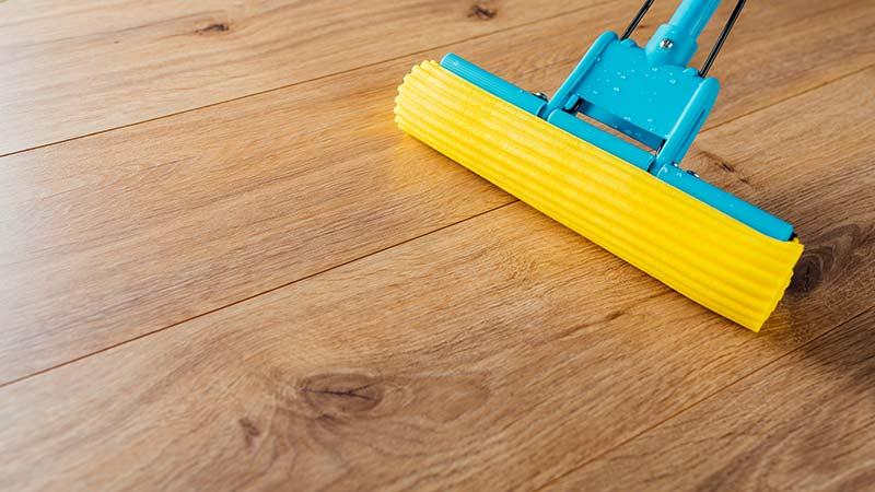 Como limpiar y mantener tu suelo de tarima