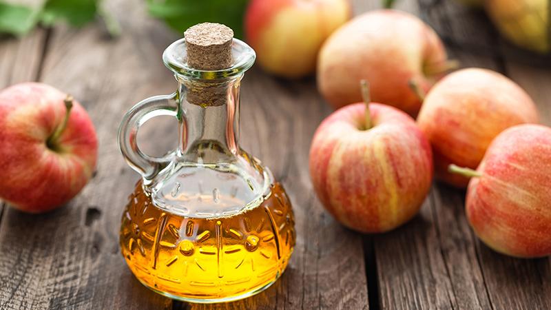 Diez mitos sobre el vinagre de manzana que no deberías creer