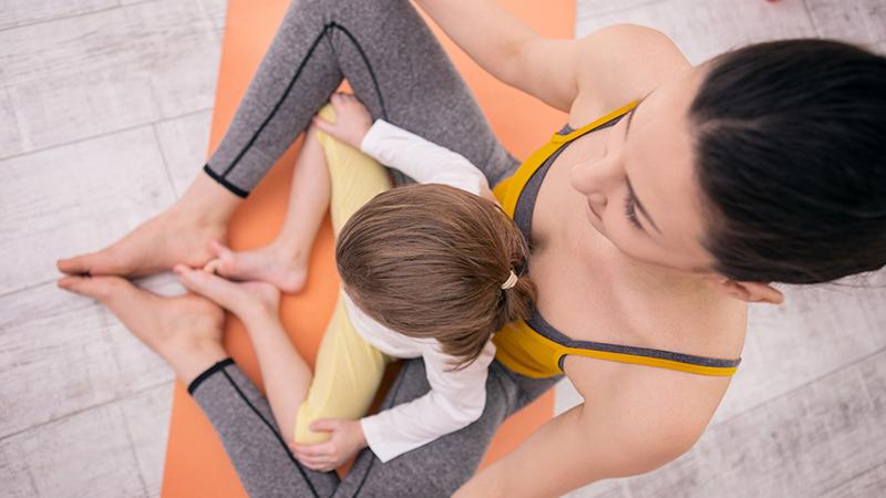 Tres prácticas de atención plena que puedes practicar con tus hijos
