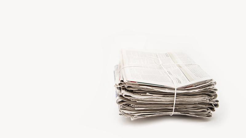 Usos del papel de periódico en el hogar