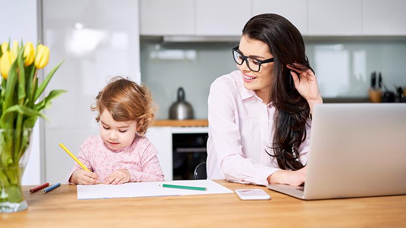 Actividades para entretener a los niños cuando trabajas en casa