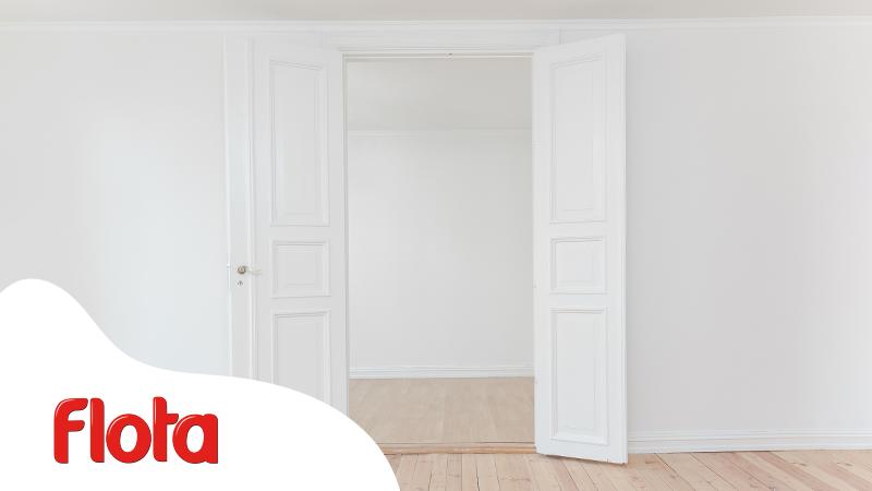 Guía para pintar puertas barnizadas y dar otro aire a tu casa